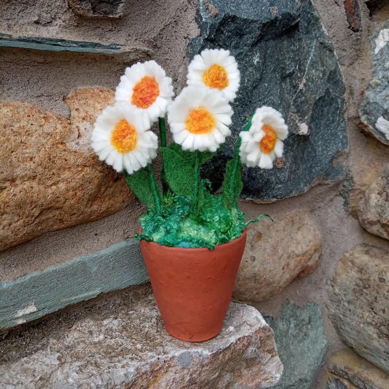 white daisy pot (five flower)