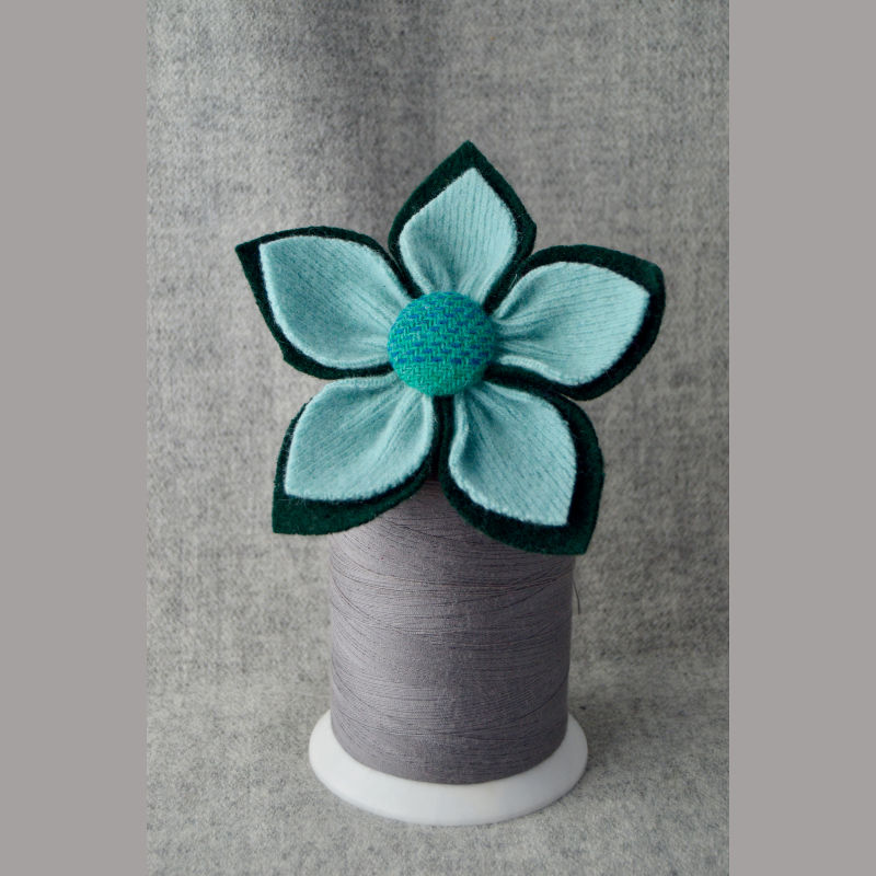 5 Petal Corsage (dark green and mint)