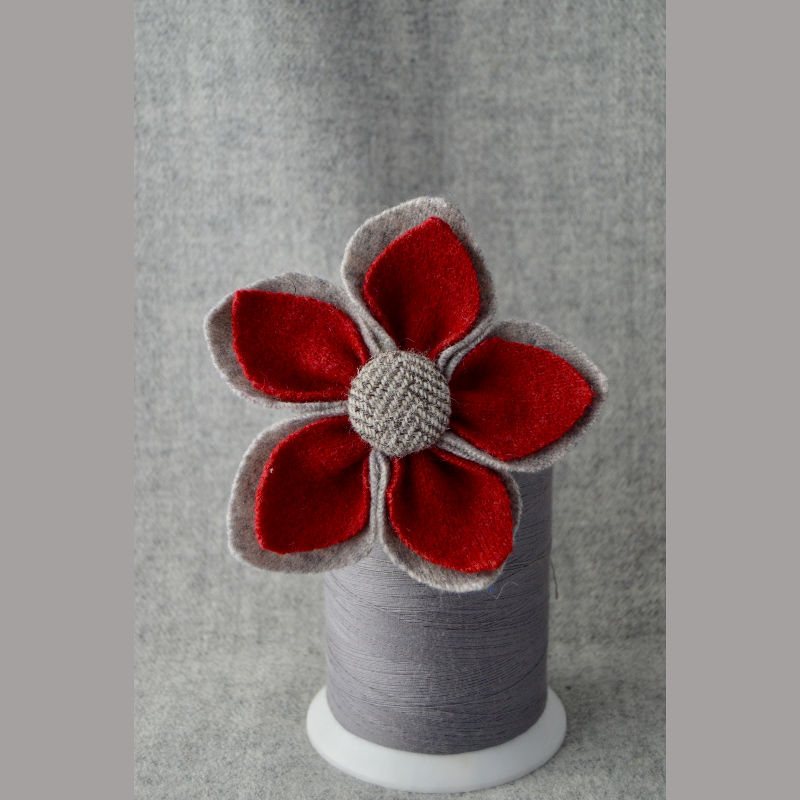 5 Petal Corsage (grey & red)