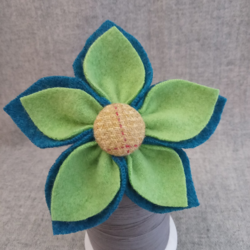 5 Petal Corsage lime green and turquoise