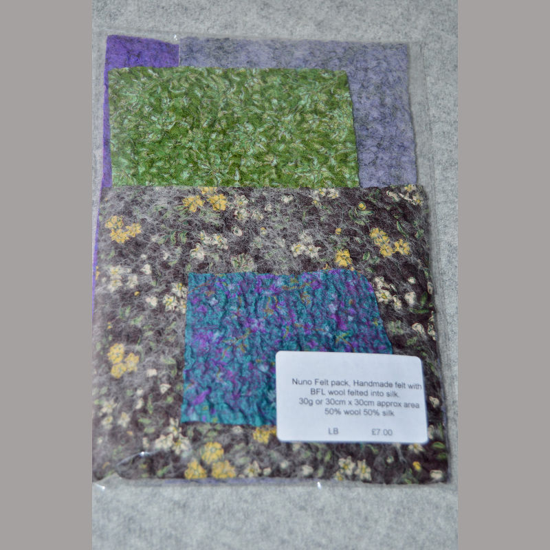 Nuno Felt Pack (purple & green)