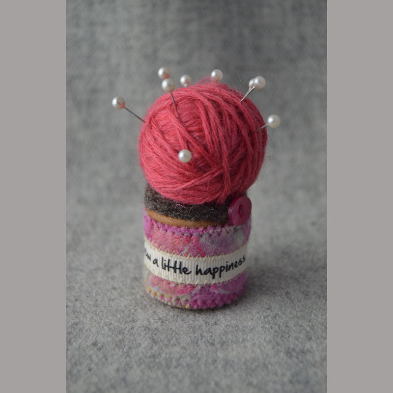 Pin Cushion (happiness pink)