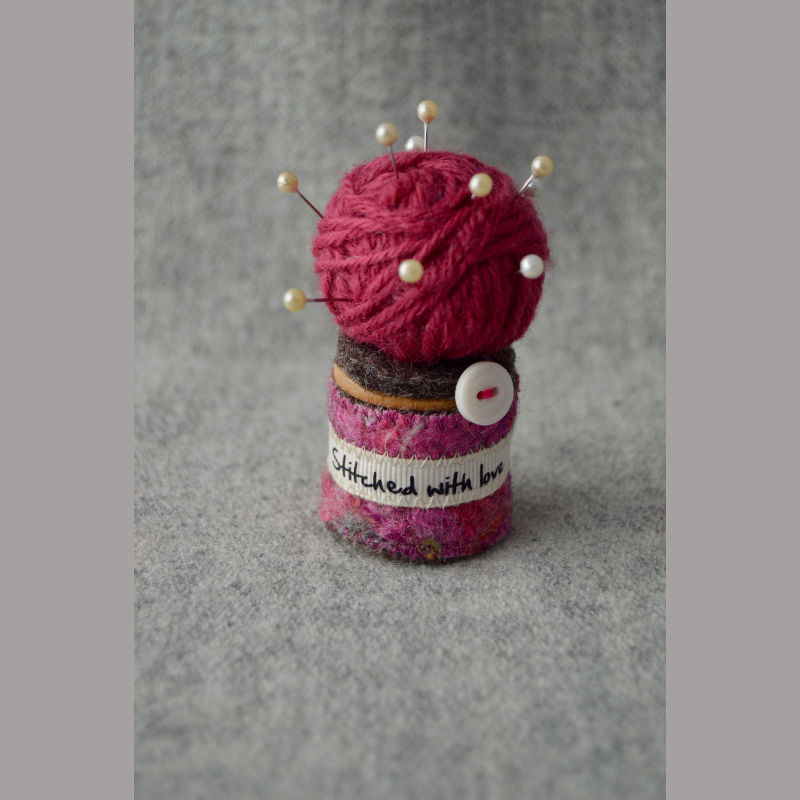 Pin Cushion (love reds)